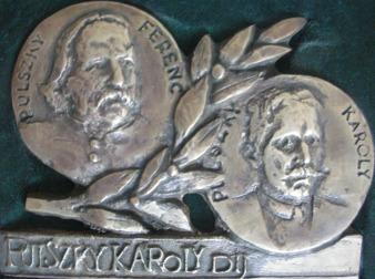 Pulszky Ferenc megújult síremléke
